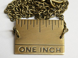 inchnecklace